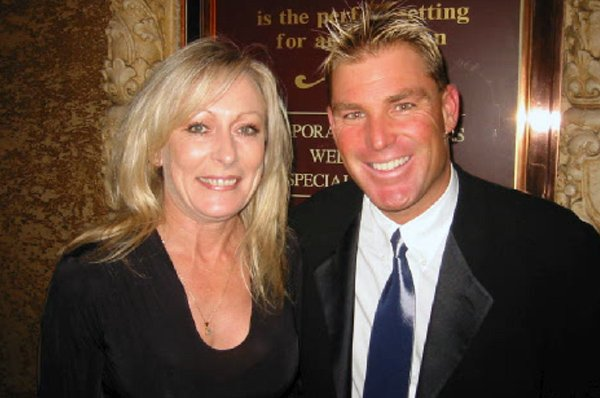 Keran and Shane Warne @ University Charity Event